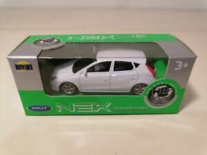 Welly Hyundai i30 diecast car