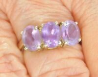 Vintage Sterling Silver Band Ring 3 Round Stone Purple Amethyst  Size 7 EUC