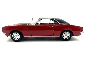 Maisto 1967 Chevrolet Camaro Z/28 Red Black Stripes 1/18 scale diecast car #381b