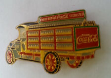 Pin's pin COCA COLA VIEUX CAMION A CASIERS (ref CL31)