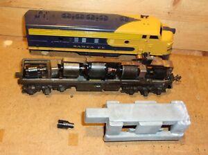 Athearn HO Gauge Operating Santa Fe Diesel Engine