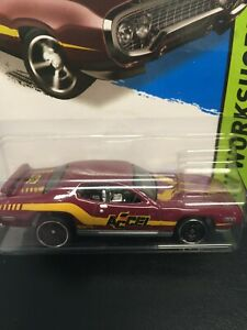 1:64 Hot Wheels '71 Plymouth Road Runner 244/250 WorkShop (LC)