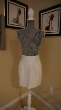 Exquisite white mini skirt by Trina Turk Los Angeles in a sz 8