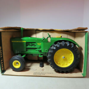 Ertl John Deere 5020 Tractor  1/16 JD-555-7441-B2