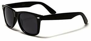 Polarised Classic Retro Medium Sized Black Polarised Sunglasses Full UV400