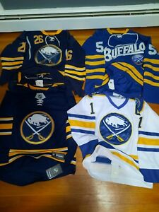 Lot 4 Buffalo Sabres Jersey. Perreault, Myers, Vanek. CCM REEBOK. 48. Fightstrap