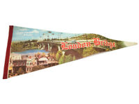 "London Bridge Lake Havasu Arizona Vintage Souvenir 29"" Felt Pennant"