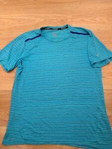 Large Mens Nike Dri-Fit Cool Tailwind Stripe Running Gym T-Shirt Top Omega Blue