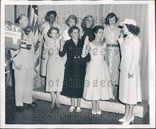 1953 New Haven CT Women Sworn in as WACs on TV Press Photo