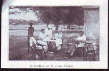 1935  --  THAILANDE  LE BREACKFAST SUR LE TERRAIN D AKYAB   U954