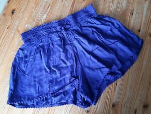 💙 Blue pyjama shorts 💙 Size 8 cool light material Bnwot with pretty trim