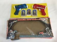 Vintage SPACE BATTLE Target Game ~ Pop Gun Pistols Jouet