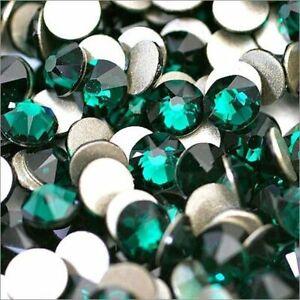 Swarovski Crystals EMERALD Flat back non hotfix for nails design