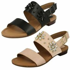 Clarks Women's Low Heel (0.5-1.5 in.) Block Sandals & Beach Shoes