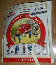 HO Model Power Service Station Crew 5709 NIB