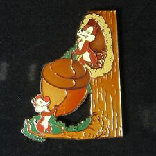 Disney Shopping Pin Chip and Dale Climbing Tree with Acorn Le 100 Oc
