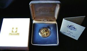 1984 Australia's First One Dollar Proof Coin MOB OF KANGAROO'S  in Case of Issue