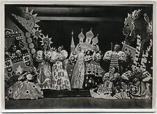Original vintage 1930s FOLIES BERGERE Paris cabaret, dancers, ballet
