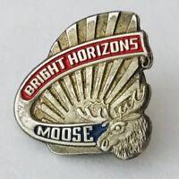 Bright Horizons Moose American Child Care Pin Badge Rare Vintage (A2)