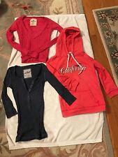 Junior Girl Hollister:3/4 Sleeve Sweatshirt,Sweater,3/4 Sleeve Shirt  Size Small
