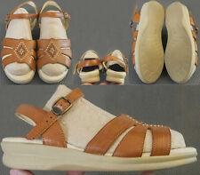 SAS J1515967 Sandals Women's Sz US 5.5 Wide Brown Leather Stitched Embellishment