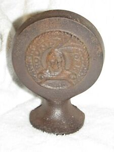 Vintage Round Oak Stoves Cast Iron Advertising - 6 1/4 inches tall