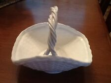 Crabtree and Evelyn White Ceramic Pottery Basket Weave Braided Ceramic Handle