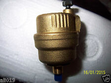 "Automatic Float Vent Valve Vents Automatically in Pressurized Systems 1/8"" NPT"