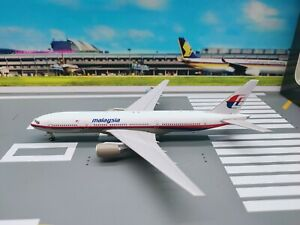 JC Wings 1:400 Malaysia Airlines B777-200ER (MH370) 9M-MRO [LIMITED 180 PCS]
