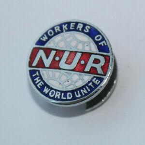 VINTAGE NUR TRADE UNION NATIONAL UNION OF RAILWAYMEN ENAMEL BADGE / BUTTON HOLE