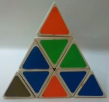 PYRAMINX PYRAMID TWIST PUZZLE BY TOMY 1981