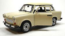 Trabant 601 deluxe 1:24 beige Modellauto ca. 16cm von WELLY im Fensterkarton