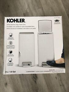 KOHLER 6 L / 1.6 G White Steinless Step Bath Trash Can 2 PK NOB