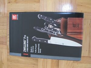 NEW IN BOX J.A. HENCKELS ZWILLING PROFESSIONAL 7 PIECE KNIFE BLOCK SET 38433-108
