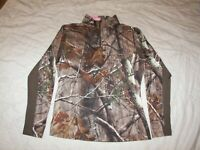 Women's Realtree Camo Stretch Top with Front Top Zip - M - Excellent Condition