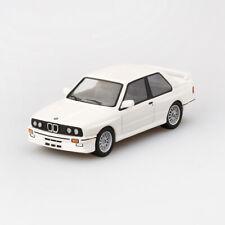 MINI GT 1/64 BMW M3 E30 Alpine White # 41 Alloy Car Model