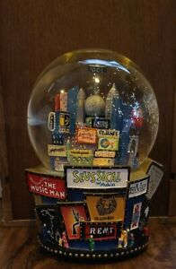 2001 Broadway Cares New York Times Square Twin Towers Snow Globe Bloomingdales