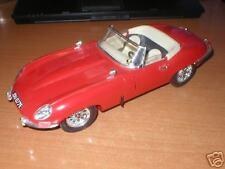 Jaguar E-type     1:18      Bburago mint condition