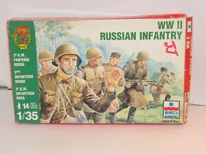 RARE ESCI 1/35 WWII RUSSIAN INFANTRY  X 14 FULL MINT ON SPRUES  BOXED SET 1983