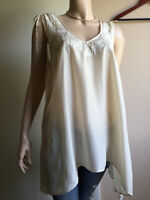 Maeve Afterglow peasant top LARGE Anthropologie Cream embroidered tassels VGC