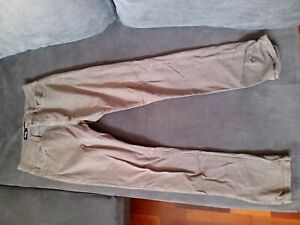 Lee Riders - R1 Skinny Jeans - Men Size 32 - Used - Olive Green