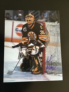 ANDY MOOG AUTOGRAPHED BRUINS 8 X 10 PHOTO