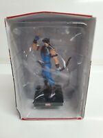 #23 Hawkeye - Panini Marvel Universe Figurine Collection