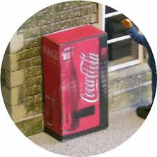 OO GAUGE COKE COLA DRINK VENDING MACHINE FOR HORNBY MODEL RAILWAYSTATIONLAYOUT00