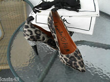 Lanvin for H&M Leopard Print Crystal Rhinestone Pumps Heels size 9 US