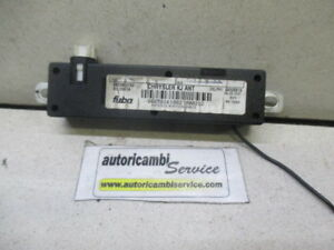 JEEP Cherokee 2.8 D 6M 120KW (2007) Remplacement ECU Radio Antenne 56038527AE