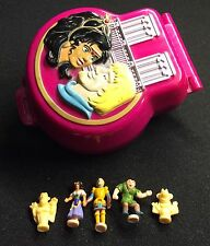 Polly Pocket Mini 💛    1995 - The Hunchback of Notre Dame Playcase Dose
