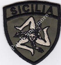 [Patch] SCUDETTO SICILIA TRINACRIA verde militare cm 5,5x6,5 toppa ricamo -1095