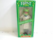 VINTAGE 1981 FISHER PRICE KERMIT THE FROG DRESS UP MUPPET DOLL WITH BOX NO 857