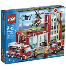 LEGO 60004 & 60047 - City / Town - Fire Station & Police Station - NEW